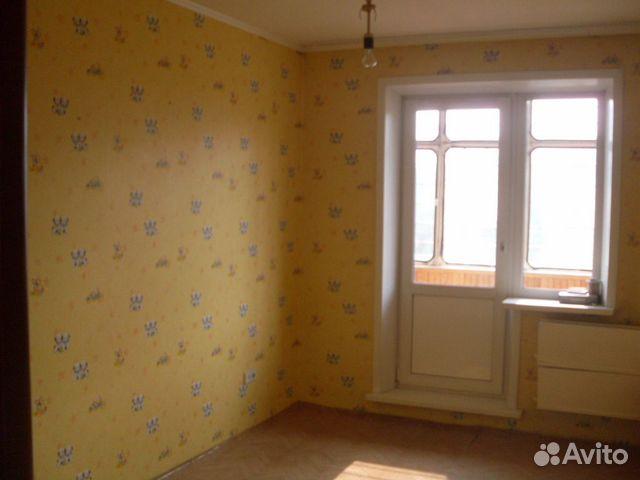 Т. в Красноярске; Продам Продам 4-комн. квартиру на Взлётке, собственник.
