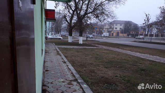 Продается трехкомнатная квартира за 2 600 000 рублей. Грозный, Чеченская Республика, проспект Ахмата Кадырова, 185/4.