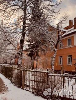 Продается двухкомнатная квартира за 2 000 000 рублей. Калининград, улица Каштановая Аллея.