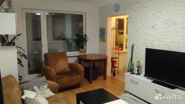 Продается двухкомнатная квартира за 3 200 000 рублей. Мурманск, улица Адмирала Флота Лобова, 9к5.