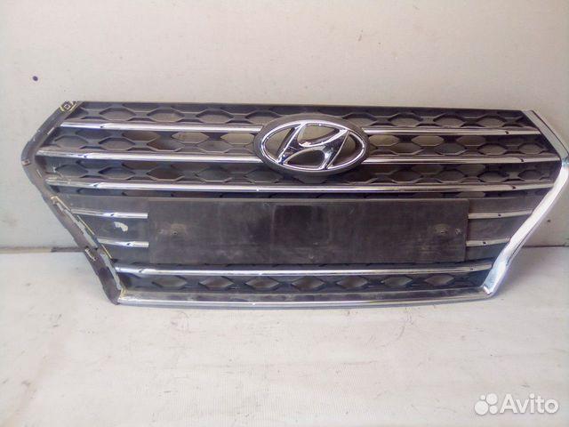 89657347629  Решетка радиатора (Hyundai Solaris)