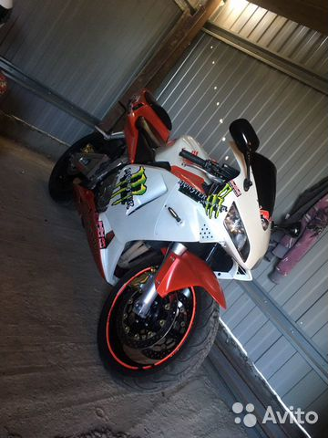 Мотоцикл Хонда cbr600