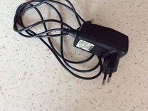 Мобильный телефон Benefon с зарядкой, в коробке
