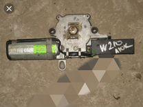 Мотор люка на Мерседес 210